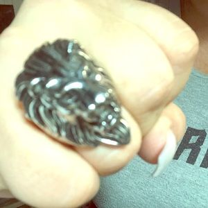 The lion king of all lion rings!